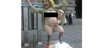 Naked Hillary Clinton Statue Pops Up in Manhattan Park