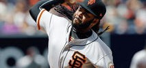 Giants Snap Skid Behind Cueto, Power Surge