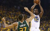 Warriors Take Control Early, Run Away From Jazz in Game 1