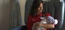 Dayton Hospital Calls on Volunteers to Cuddle Opioid Babies
