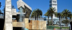 Ferry Building, Vaillancourt Fountain, water