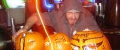 2007_10_31_Carving Pumpkins_Rawb_0218